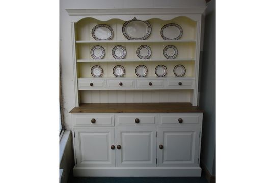painted spice top dresser